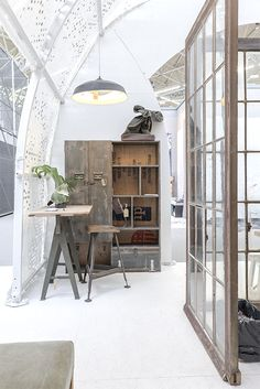 Modern Home Design by The Urbanist Lab Interior Design Trends, Interior Inspiration, Industrial Interiors, Industrial House, Architecture Design, Beautiful Architecture, Style Loft, Boho Home, Deco Design