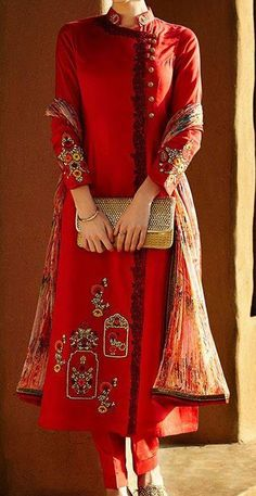 428582 Red and Maroon color family Party Wear Salwar Kameez in Linen fabric with Machine Embroidery, Resham, Thread work . Salwar Designs, Blouse Designs, Designer Salwar Kameez, India Fashion, Ethnic Fashion, Asian Fashion, Pakistan Fashion, Big Fashion, Pakistani Dresses