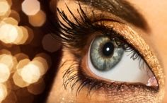 tips for gold eyeshadow