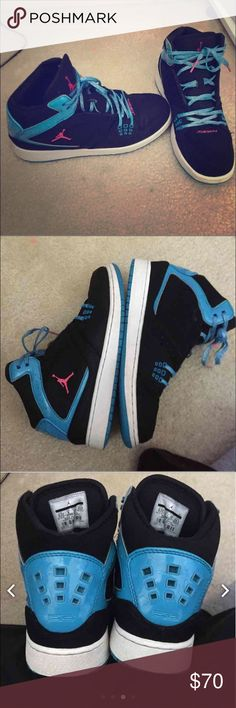Baby blue Jordan's 8/10 condition minor scuffs has original laces and are 100 authentic purchased at finish line for 128 plus tax just trying to minimize my shoes collection. Size 6.5 y but fits 7.5-8 open to offers please no low balls Jordan Shoes Athletic Shoes
