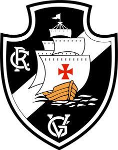 Considero o escudo do Vasco da Gama do Rio de Janeiro, um dos mais belos desenhos que já vi. Sua beleza está em seu formato, e no simbolismo que ele está a representar.