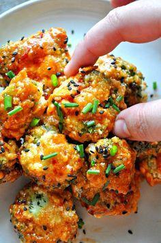 Vegan Spicy Glazed Popcorn Broccoli – Rabbit and Wolves - Vegan Appetizers Vegan Foods, Vegan Snacks, Vegan Dishes, Vegan Vegetarian, Healthy Snacks, Vegetarian Recipes, Healthy Recipes, Vegan Appetizers, Party Appetizers