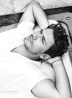 James Franco is straight up sexy but there are other things guys do that is hot. Colin Firth, Chris Pine, Channing Tatum, Chris Hemsworth, Hot Men, Hot Guys, Franco Brothers, Colin Farrell, Hommes Sexy