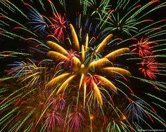 Fireworks_High-Quality-Mobile-Desktop-wallpapers.stillmaza.com-2.jpg (1280×1024)