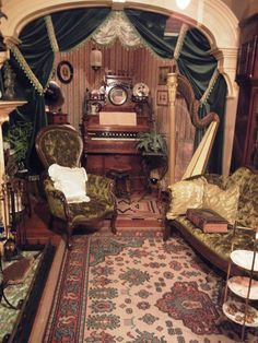 victorian furniture Royal BC Museum (Victoria) - All You Need To Know - TripAdvisor Victorian Rooms, Victorian Home Decor, Victorian Parlor, Victorian Interiors, Victorian Furniture, Victorian Architecture, Victorian Gothic, Victorian Curtains, Classical Architecture