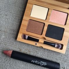 Enter to win a baked Antonym Cosmetics blush and natural mascara in this organic beauty giveaway!