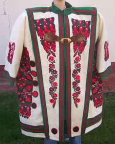Hungarian shepherd's embroidered cloak / Magyar pásztor cifraszűre European Costumes, Hunky Dory, Hungarian Embroidery, Folk Costume, My Heritage, Pattern Mixing, Traditional Outfits, Hungary, Budapest
