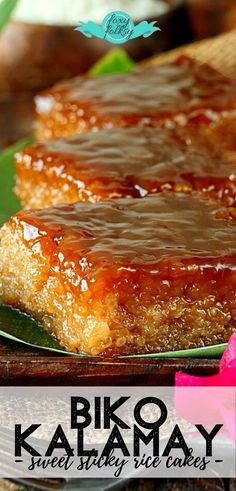 Get this easy Biko recipe, a rice cake Filipino delicacy, from glutinous rice cooked in coconut milk and brown sugar topped with caramelized coconut milk. Rice Cake Recipes, Rice Desserts, Sticky Rice Recipes, Coconut Recipes, Rice Cakes, Dessert Recipes, Filipino Sweet Sticky Rice Recipe, Filipino Biko Recipe, Sweet Coconut Rice Recipe