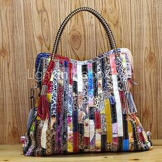 Real Cow Leather Luxury Tote with colorful snakeskin pattern – Lila's Beauty Bag Cheap Handbags, Tote Handbags, Leather Handbags, Leather Bags, Fur Purse, Tote Purse, Cowhide Leather, Cow Leather, Gado