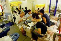 El Blog de Arecetas: Restaurante con asientos en forma de retrete