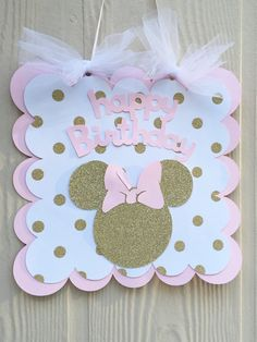 Pink and Gold Minnie Mouse Birthday Sign di PrettyBoutiqueParty