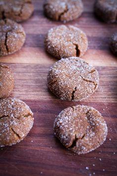 Quinoa Gingersnap Cookies (vegan, gluten-free, nut-free)