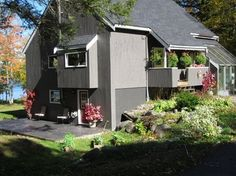 Exterior Color of the Week: 6 Ways With Sage Green