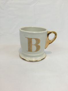 anthropologie limited edition gold monogram mug letter b