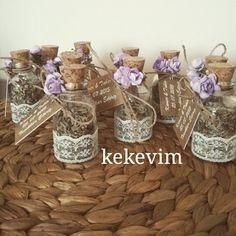#engagement #gifts #lavender #tagsforlikes #nişan #hediyelikleri  #lavanta #şişeleri  Kamer & Tahir'in #nişan #törenleri için hazırladığınız lavanta şişeleri Mutlu birlikteliklerinin devamını dileriz