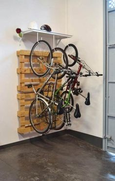 29 Super Ideas For Bike Storage Apartment Diy Fahrrad Aufbewahrung design ideas design ideas diy ideas for men ideas man cave ideas organize Diy Storage Rack, Diy Garage Storage, Shed Storage, Bike Storage Ideas Diy, Bike Storage Design, Diy Rack, Diy Bike Rack, Bicycle Storage, Indoor Bike Storage