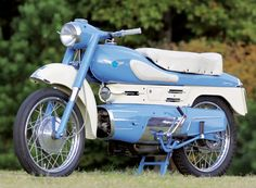 Different by Design: 1957 Aermacchi Chimera - Classic Italian Motorcycles - Motorcycle Classics