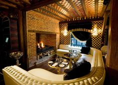 Elaborate luxury and flamboyance at the Crazy Bear Hotel in the traditional town of Beaconsfield (England)