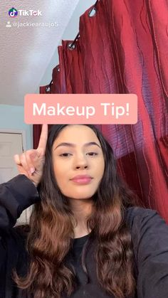 eyebrow hacks - This hack helps your brows look more 'natural' and last longer! Beauty Make-up, Beauty Makeup Tips, Beauty Hacks, Natural Makeup Hacks, Make Up Looks, Eyebrow Makeup, Skin Makeup, Makeup Hacks Videos, Makeup Looks Tutorial