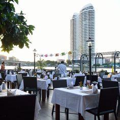 Riverside resort in Bangkok. Welcome to Navalai Resort. www.navalai.com #Navalai #navalairiverresort #navalairesort #navalaihotel #aquatinirestaurant #aquatini #accommodation #awardwinner #thailand #travel #riversideresort #relax #romantic #romantichotel #resort #honeymoonhotel #hotel #luxuryhotels #lovehotel #instatravel #igthailand #instabangkok
