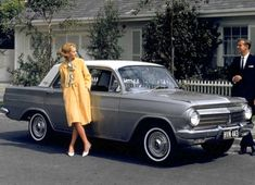 Holden EH Premier Sedan and Wagon Holden Australia, Car Facts, Aussie Muscle Cars, Car Guide, Australian Cars, Automobile Industry, Vintage Trucks, Collector Cars, Back In The Day