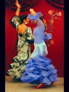 Flamenco by laohu Flamenco Shoes, Flamenco Dresses, Tango, Spanish Dance, Dance It Out, We Are The World, Dance Fashion, Lets Dance, Belly Dancers