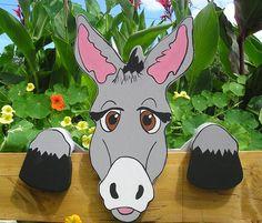 """Esel    """"Felix""""                                                       Eine besonders wunderschöne Dekoration .       Ob am Gartenzaun ,Eingangsbereic"""