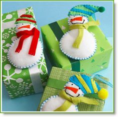 Simple Snowman Felt Ornaments - kids project!