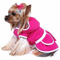 ef50d8cf96 Pink kutyaruha viszkóz anyagból. Nagy kapucnis, szoknyás, bélése nincs. A  szoknya részen