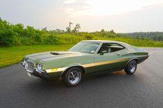 AutoTraderClassics.com - Article Dare to Be Different - 1972 Gran Torino Sport