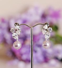 Lavender Pearl Earrings, Purple Wedding Earrings, #lavenderpurple #jacarandapurple #lavenderearrings #pearlearrings #bridalearrings #lavenderwedding #swarovskipearls #purpleearrings #purplewedding #lavenderpearl #purplepearl #weddingjewelry