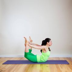 Let Go of Those Love Handles! A Yoga Sequence to Help Tone Your Tummy