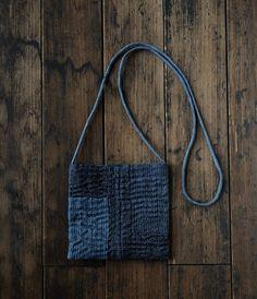 stitched little bag (analogue life) (inspiration) Sashiko Embroidery, Japanese Embroidery, Boro Stitching, Hand Stitching, Japanese Textiles, Shibori, Denim Bag, Fabric Bags, Little Bag