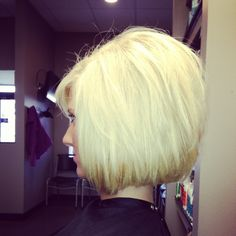 My new hair.. Med length bob