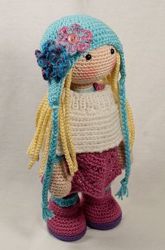 Please note: This listing is for a CROCHET PATTERN to make the pictured doll and NOT FOR A FINISHED ITEM  This pattern is availabe in English, German: