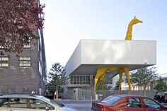 Centro de cuidados infantis Giraffe  / Hondelatte Laporte Architectes