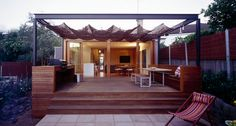 Corner Pergola Ideas How To Build - Pergola DIY Videos Canopy - Pergola Plans - Pergola Bois Canisse - Contemporary Pergola Ideas Modern - Garage Pergola DIY Deck With Pergola, Diy Canopy, Canopy Design, Outdoor Canopy Bed, Patio Design, Pergola Designs, Deck Design, Built In Seating, Backyard Canopy