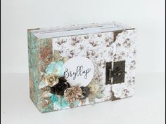Wedding minialbum with Papirdesign's Bryllupsfest collection. A perfect and personal wedding gift. Created by Kirsten Hyde. Papel Scrapbook, Scrapbook Albums, Scrapbooking, Scrapbook Layouts, Fall Cards, Christmas Cards, Tutorial Scrapbook, February Challenge, Hobby House