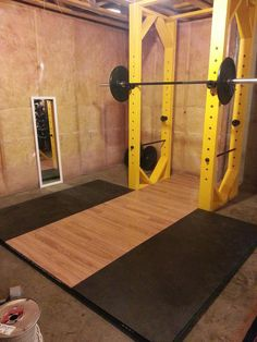 Squat Rack/Power Rack and lifting platform. I like the yellow Home Made Gym, Diy Home Gym, Diy Gym Equipment, No Equipment Workout, Fitness Equipment, Training Equipment, Basement Gym, Garage Gym, Diy Power Rack