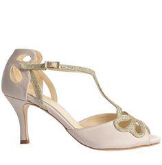 Love Art Wear Art Bella Ivory is just £240.00 | Crystal Bridal Accessories - www.crystalbridalaccessories.co.uk