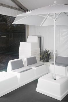 In-and outdoor lounge made of PE combined with Laze seats. Easy to stack and easy to move around as it is so lightweight