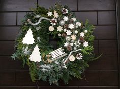 Christmas Wreaths, Holiday Decor, Home Decor, Christmas Swags, Decoration Home, Holiday Burlap Wreath, Interior Design, Home Interior Design, Christmas Garlands