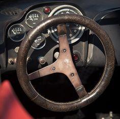 Classic Abarth steering wheel. Classico volante Abarth.