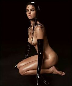 Adriana lima pirelli calendar