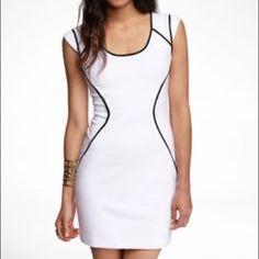 $1 shipping see desc✨EXPRESS Cap Sleeve Dress Gorgeous. Super flattering. Back gold zipper closure. ❤️ ***$1 SHIPPING TIL MIDNIGHT WHEN YOU OFFER $33**** Express Dresses