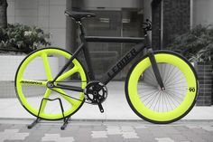 leManoosh neon yellow black