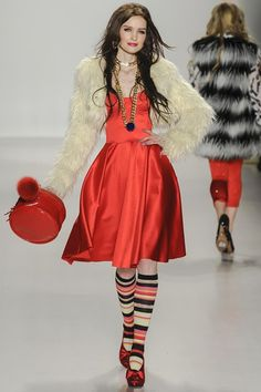BETSEY JOHNSON AUTUMN / WINTER COLLECTION 2014 / 2015 #EZONEFASHION