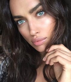 Natural beauty on Irina Shayk