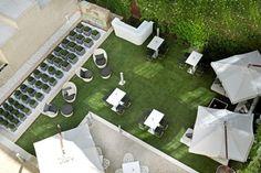 Jardín del Fora Garden Bar del @HotelUnico #Madrid #verano #MadridSeduce. Foto de @loocmag