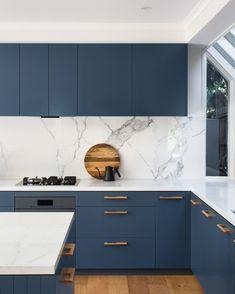 Blue Kitchen Cabinets, Condo Kitchen, Kitchen Cabinet Colors, Home Decor Kitchen, Rustic Kitchen, Home Kitchens, Kitchen Remodel, New Kitchen Designs, Kitchen Room Design